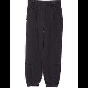 Free People Pants & Jumpsuits - NWT Free People Slouch It Fleece Jogger Black Med